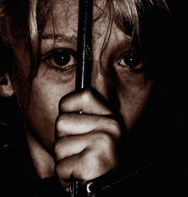 abused-sad-child1