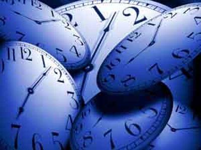 Orologi che segnano il tempo